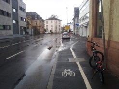 Foto der Hanauer Straße stadtauswärts (von Höhe Leinwanderstraße aus gesehen)