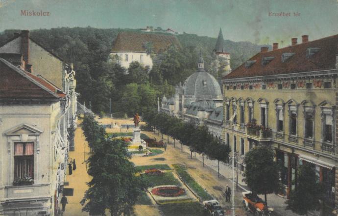 Erzésbet Platz in Miskolc