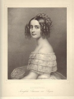 Bild, das Alexandra Amalia zeigt.