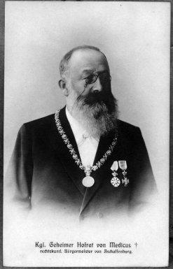 Friedrich Ritter von Medicus