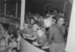 Kindervorstellung im Stadttheater, 1956