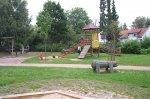 Der Spielplatz an der Herrenwaldstraße ist sehr großzügig.