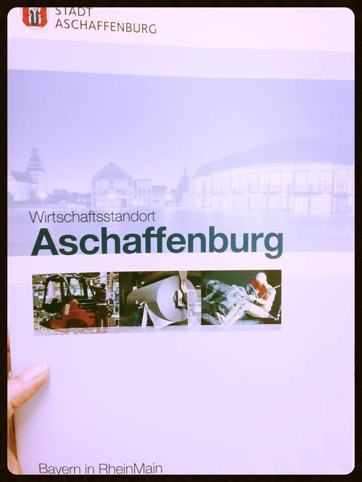 Aktuelle Ausgabe der Imagebroschüre der Wirtschaftsförderung