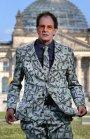 Chin Meyer & Pianist Dirk: Macht! Geld! Sexy?
